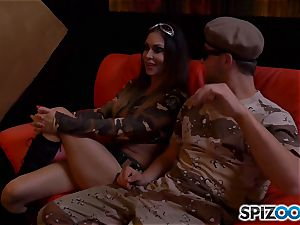 Jessica Jaymes and Nina Elle get off with army boy lollipop