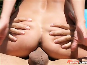 Impaling the minge of mummy Aaliyah enjoy by the pool