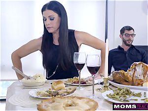 mother porks sonny And licks internal ejaculation For Thanksgiving treat