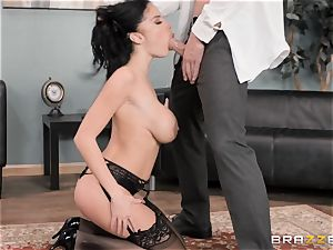 Political fuckbox penetrating session with Victoria June
