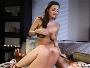 coochie tonguing good snatch tonguing beauties Stevie Shae and Abigail Mac