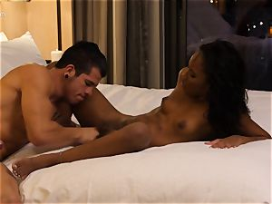 tonguing out dark-hued hotty Ashley rosy in hotel room