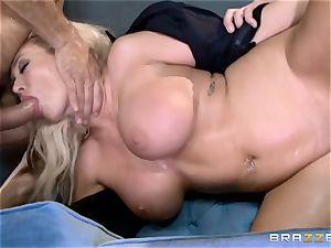 sizzling cop Summer Brielle drool roasted by 2 criminals