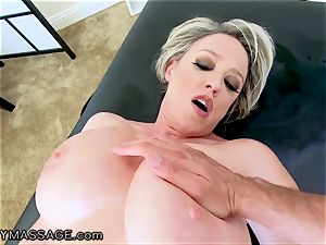 FantasyMassage cougar Dee Williams pov squirt rubdown