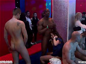 Mass porno hump in a striptease bar