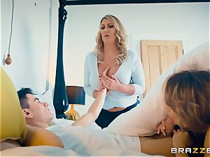 pecker sharing with nubile Leigh Darby mummy Fira Ventura