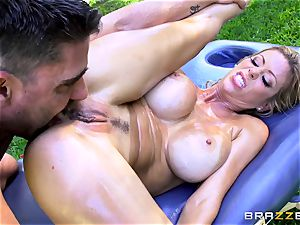 Alexis Fawx getting an outdoor bang and massage