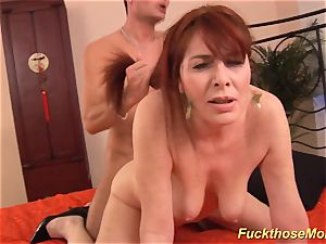 redhead stepmom need a powerful manmeat