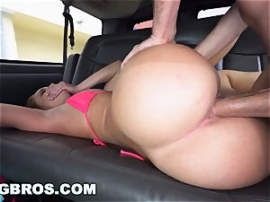 BANGBROS - Katia loves Spring Break 2017 With bang Bus