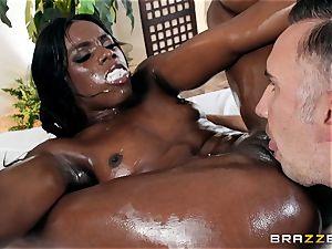Kerian Lee jams his oiled knob into super-steamy dark-hued babe Ana Foxxx