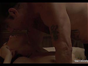 uber-sexy Maggie Gyllenhaal looking fine naked on film