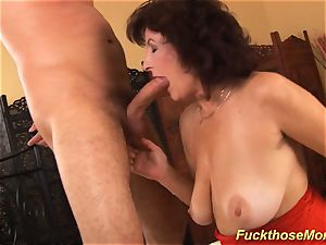facial on chesty unshaved mommy