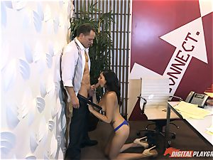Ariana Marie at her daddys work getting smashed in his office