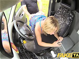 fake taxi Mum with natural knockers gets huge brit fuckpole