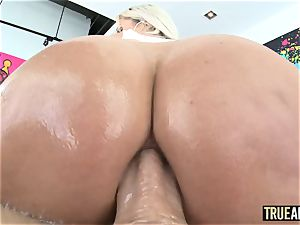 TRUE assfuck jaw-dropping Nina Elle bum plowed and creampied