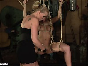 Kathia Nobili enjoy poking the super-hot girl with faux-cock