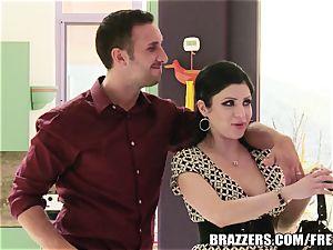 Brazzers - Sativa Rose - screwing Newlyweds!